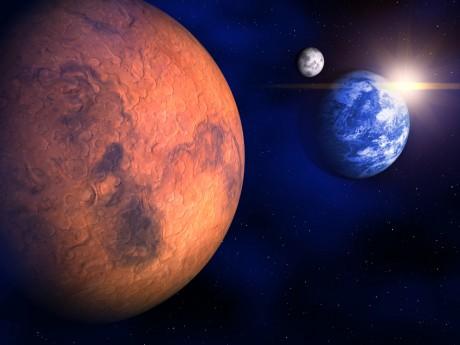 mars moon earth